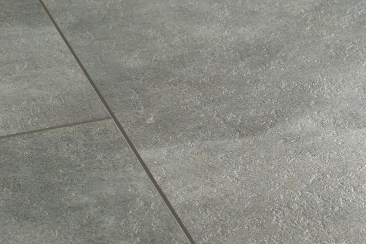 vinylove_podlahy_quickstep_livyn_balance_bacl40051_tmavosivy_beton_damiper