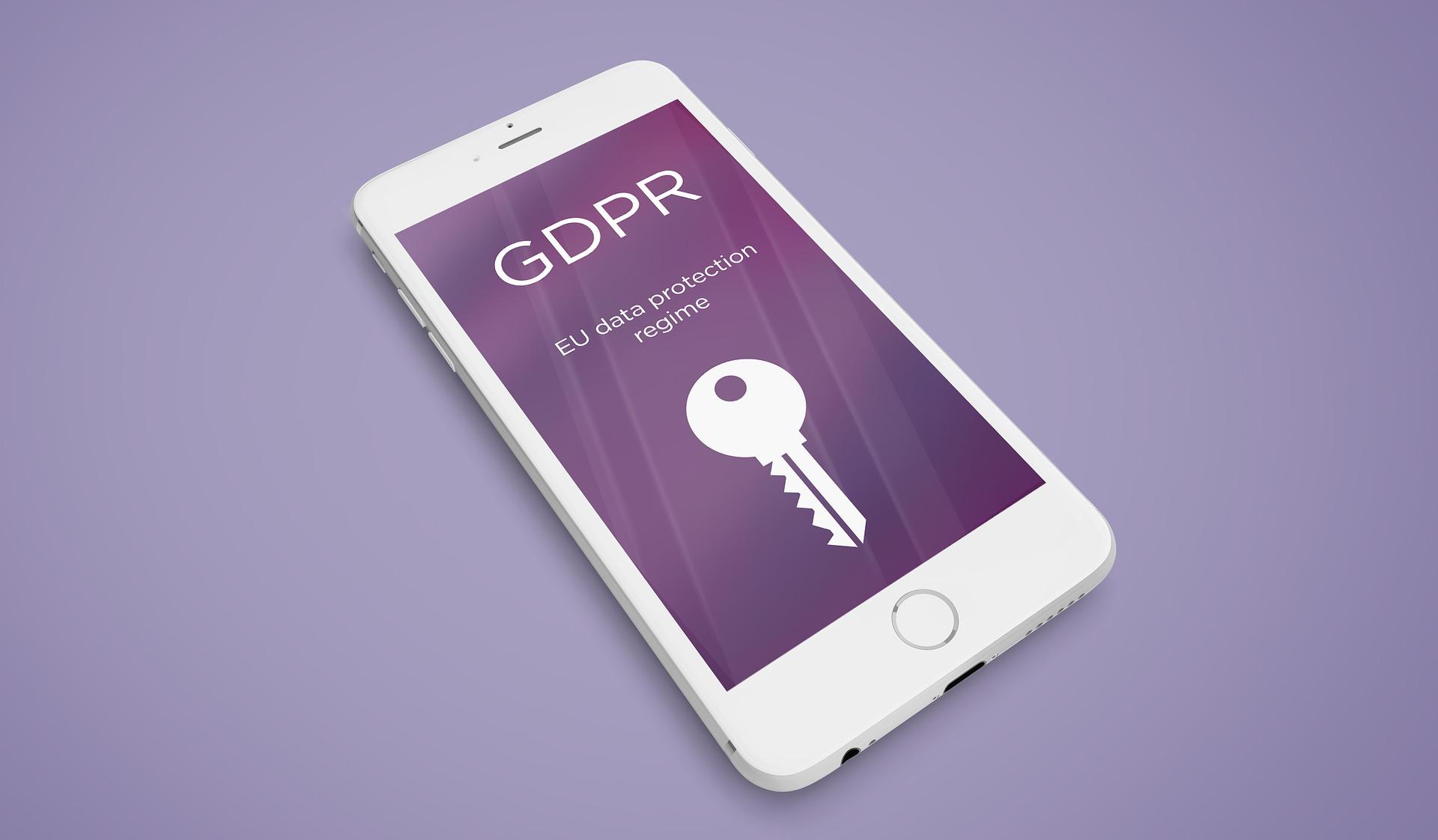 GDPR - Damiper.sk - pixabay - ochrana osobnych udajov - damiper - okna - dvere - podlahy