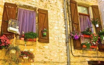 Plastové okná vo farbách