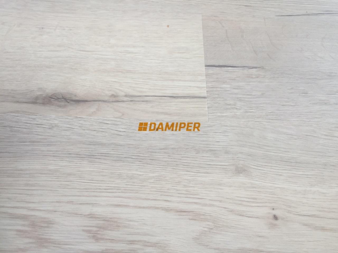 kompozitne_podlahy_egger_greentec_ehd013_dub_monfort_biely_damiper